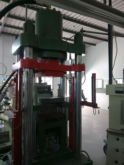 PM-02-60-ton-dry-press-forming-machine